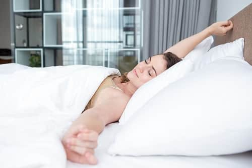 Best Ways To Sleep On Your Back